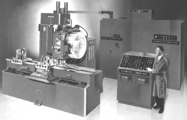 Milwaukee-Matic-II-FirstToolChanger.jpg