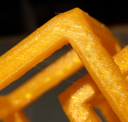 Cube_TOP_layers_PLA_E3D_190deg_65mm_sec_S.jpg