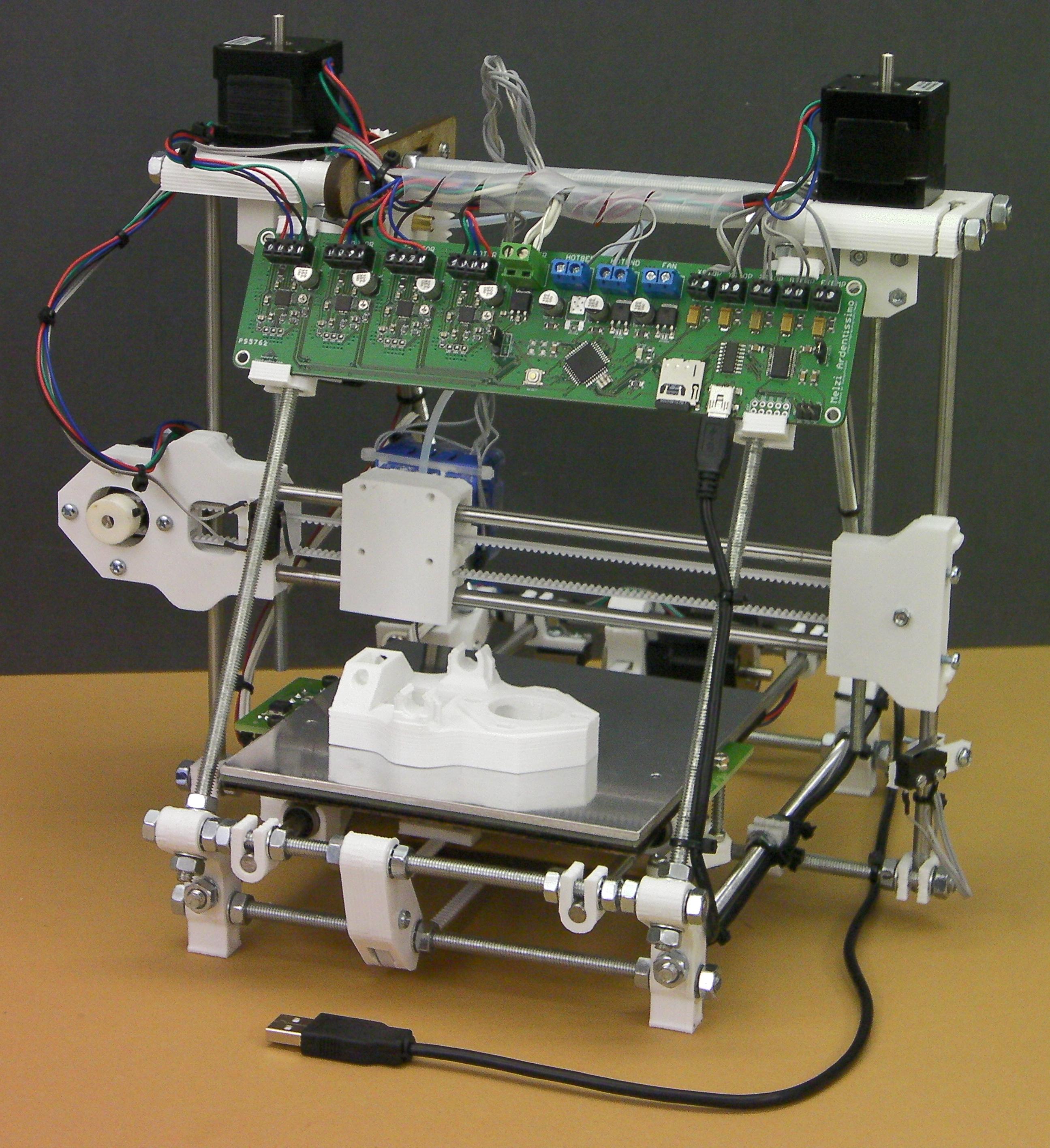 Novi Windowsi standardno podržavaju 3D printanje Reprappro-huxley