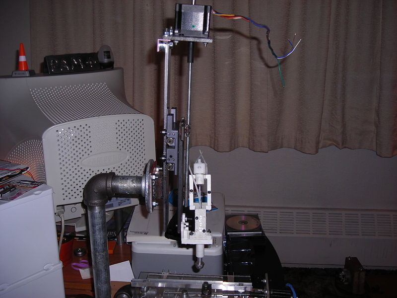 File:Zaxis slide motor and extruder.JPG