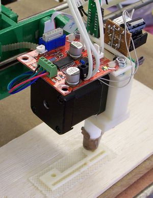 ThermoplastExtruder 2 0-working-small.jpg