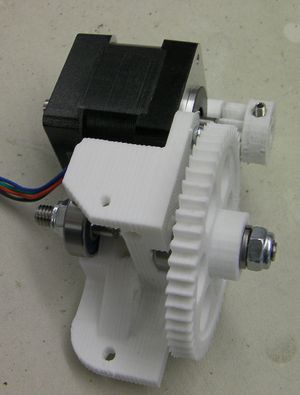 Reprappro-huxley-extruder-drive-motor-fitted.jpg