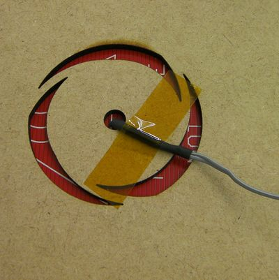Reprappro-mendel-bed-thermistor-fit-1.jpg