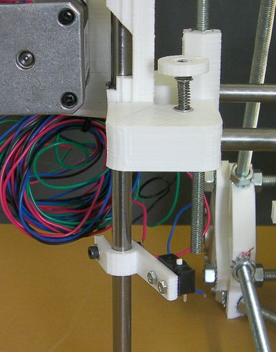 Reprappro-mendel-z-axis-adjuster-fitted.jpg